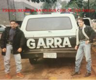 Equipe do GARRA 34, em 1.995. Investigadores Fabio e Edu (à direita). https://www.facebook.com/MemoriaDaPoliciaCivilDoEstadoDeSaoPaulo/photos/a.299433930179185.68692.282332015222710/1044601885662382/?type=3&theater