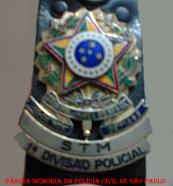 Distintivo do STM- Serviço de Transporte Motorizado da 1ª Divisão Policial, na época instalado na Alameda Cleveland (Posteriormente Divisão de Transporte do DEGRAN, atual DECAP).