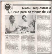 Reportagem do Jornal Diário Popular, sobre um indivíduo que sequestrou a própria irmã, sendo preso pela Delegada de Polícia Lenita Queiroz Seta; e os Investigadores Osvaldo Jose Dos Santos e Sérgio. (1ª parte da matéria). https://www.facebook.com/photo.php?fbid=378140155641895&set=a.351694558286455.1073741845.282332015222710&type=1&theater
