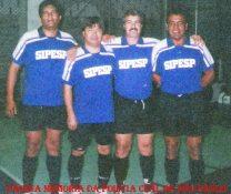 Equipe de Futsal do SIPESP, na década de 90: Investigadores Márcio, Toyama, Kosmo e Osvaldo Jose Dos Santos.