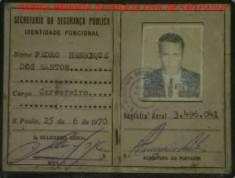 """Carteira Funcional de Carcereiro de Pedro Henrique dos Santos """"Azeitona"""", que posteriormente passou para Investigador e trabalhou no Município de Jacareí/SP, assinada pelo DGP Nemr Jorge, expedida em 25/06/1.970."""