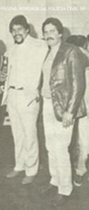 """Equipe Apolo 66 da 4ª Delegacia do DISCCPAT - DEIC, Investigadores Flavio Ribeiro Joao Grandao """"João Grandão"""" e José Armando Nude, na década de 80."""