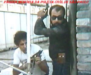 """Uma dupla inesquecível da 4ª Delegacia da DISCCPAT- DEIC (Kilo), Osvaldo Jose Dos Santos e Dorival Candel Ruiz """"in memorian"""", em 1.981."""