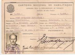 CNH- Carteira Nacional de Habilitação Profissional , expedida pelo Delegado de Polícia da 1ª Circunscrição de Trânsito do Estado de São Paulo- Araçatuba, em 03 de junho de 1.952.
