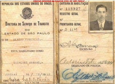 Carteira de Habilitação de Cocheiro Urbano, expedido pelo Delegado da DST- Diretoria do Serviço de Trânsito de Jundiaí, expedida em 14/10/1940.