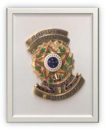 Antigo distintivo de Escrivão de Polícia. Acervo pessoal do delegado Marcelo Lessa.