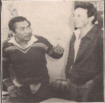 O LENDARIO INVESTIGADOR DE POLICIA MASSARO HONDA, QUANDO TRABALHAVA NA APOLO 95 DA DELEGACIA DE ROUBO A BANCOS DO DEIC NA DECADA DE 80, EM COMPANHIA DO INVESTIGADOR PARREIRINHA. O HONDA FALECEU POUCOS MESES ANTES DE SE APOSENTAR EM ACIDENTE DOMESTICO EM RAZAO DE UMA QUEDA DE UMA ESCADA.