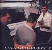 Equipe da Delegacia de Roubos da DISCCPAT- DEIC, Investigadores Galdino e Ortega (atualmente comerciante).