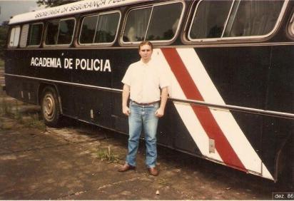 Antigo Onibus da ACADEPOL.