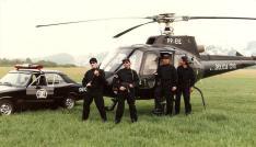 GER/DEIC: À partir da esquerda, Investigador Capelli; Delegado Maurício Lemos Freire; e Investigadores Ademir Aro Ortega, e Milton Carlos, em 1989.