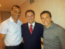 Delegado de Polícia Pascoal Ditura, com os dois campeões mundiais de 2002, Cafú & Juninho, em almoço na Federação Paulista de Futebol.