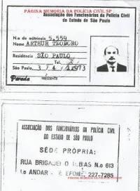 Carteira da Associação dos Funcionários da Polícia Civil do Estado de São Paulo do Investigador Arthur Theodoro, em 1.973.