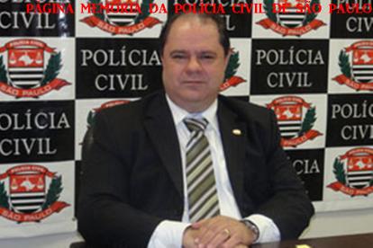 Faleceu no início da tarde de hoje, 18/06/2015, o ex- Delegado Geral de Polícia Luiz Maurício Blazeck, que atualmente era Diretor da ACADEPOL. Nesta semana submeteu-se a uma cirurgia no aparelho digestivo e na convalescença veio a óbito.