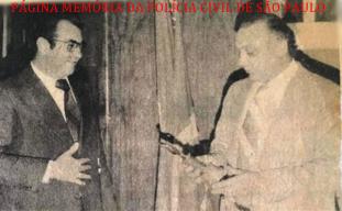 """Delegados Sérgio Fernando Paranhos Fleury (Diretor) """"in memoriam"""" e Carlos Pedro Harich, no 5º andar do DEIC, em março de 1979. https://www.facebook.com/MemoriaDaPoliciaCivilDoEstadoDeSaoPaulo/photos/a.299034823552429.68610.282332015222710/1133585016764068/?type=3&theater"""