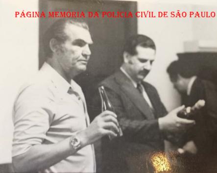 """Os saudosos integrantes do """"Kilo"""", Investigador Daniel """"Zebu"""" e Delegado Bento da Cunha, década de 70. https://www.facebook.com/MemoriaDaPoliciaCivilDoEstadoDeSaoPaulo/photos/a.372880226167888.1073741849.282332015222710/1129710373818199/?type=3&theater"""