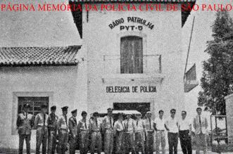 Delegacia de Polícia do Município de Dracena, com destacamento da Força Pública e efetivo da Polícia Civil, na década de 60.