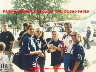 Equipe feminina de Volei do DEIC e DHPP, década de 90/00. À partir da esquerda Virgínia, Valéria Breves Santos, (?), técnico Osvaldinho Santos e (?).