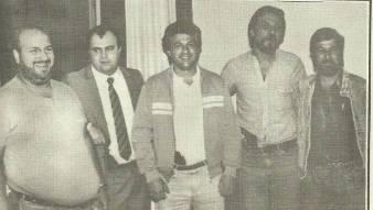 """Equipe do GARRA, Investigador Alexandre Roda """"in memorian"""", Delegado Aldo Galiano Jr (Atual Diretor do DEINTER 6), Investigadores Toninho """"Tuta"""", Edgar Laporta e Marcelino Czec, após tiroteio e prisão de assaltantes da Caixa Econômica Estadual de Itaquera, Américo, Adeildo e Olavo, os quais ocupavam um carro roubado, sendo presos, no final da tarde de 28 de novembro de 1.988."""