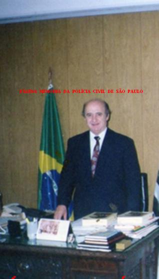 Faleceu sábado, dia 18/04/15, o Delegado de Polícia Fernando Vilhena, que dirigiu vários Departamentos da Polícia Civil do Estado de São Paulo, nas décadas de 70, 80, 90 e 2.000. (Informação do Reporter Policial Renato Lombardi)