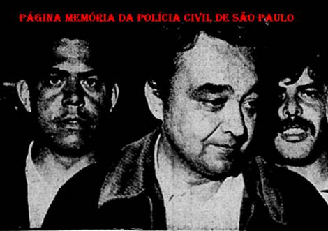 """Foto de matéria do Diário da Noite, em 22 de julho de 1.970, sobre a morte do marginal Adjoval Nunes """"Guri"""" na Zona Leste de São Paulo, em tiroteio de policiais da Delegacia de Roubos do DEIC (Kilo). À partir da esquerda (?), Delegado Getúlio Paelo Prado """"in memorian"""" e Investigador Rosemauro Belmonte."""
