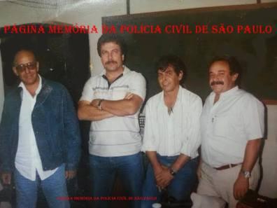 Equipe da DISCCPAT do DEIC (Kilo), em 1.985: À partir da esquerda, Investigadores Zé da Ilha, Ilek, Rosemauro e Paladino.