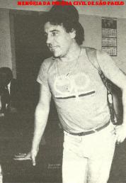 Investigador Oswaldinho Santos, da Apolo 70 da DISCCPAT- DEIC, anos 80.