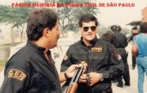 "Investigadores de Polícia do GER/DEIC, Tobias e Bittancourt ""Bita, in memorian""."