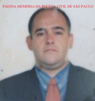 Faleceu hoje, 15/08/17, o Investigador luiz Fernando Correa de Mello Junior, assassinado a tiros na avenida São Camilo, proximo a Raposo Tavares por dois indivíduos em uma motocicleta preta. A velório a partir das 22horas na ACADEPOL e amanhã sai para o crematório as 11horas no Cemitério Bosque da Paz R. Ifema, 850 - Jardim Mirian, Vargem Grande Paulista - SP, 06730-000, (11) 4158-9363. https://www.facebook.com/MemoriaDaPoliciaCivilDoEstadoDeSaoPaulo/photos/a.306284829494095.69308.282332015222710/1303572609765307/?type=3&theater