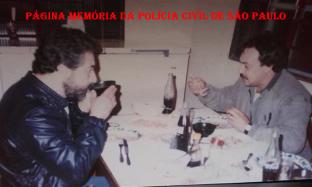 Investigadores Jose Arthur Padula e Paletó da 3ª Delegacia de Fusto de Fios da DISCCPAT- DEIC (Kilo), início da década de 80.