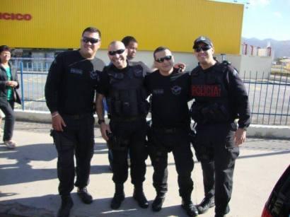 Policiais Civis do GARRA no aniversário da cidade de Mogi das Cruzes, o segundo é o saudoso Investigador