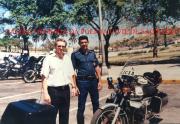 Delegado Josias Guimaraes em visita à Cuba, ao lado de um Chefe da Polícia daquele País, em 1.995.