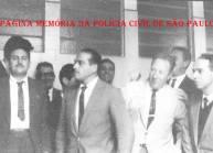 Década de 60, da esquerda para a direita, em primeniro plano: Investigadores Miguel Franco, Oswaldo Sansone, (?) e (?). (acervo de Wagner M. Franco).