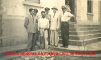 Policiais da Delegacia do Município de Itararé/SP, na década de 40.