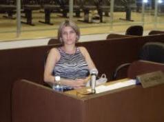 Delegada de Polícia Graciela de Lourdes David Ambrosio. Nascida em Pedregulho, no dia 8 de julho de 1964, Graciela é a Delegada Titular da DDM (Delegacia de Defesa da Mulher) de Franca. Foi a vereadora da cidade de Franca mais votada nas eleições passadas, com 24,7% das intenções de voto dos eleitores.