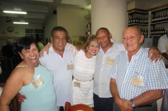Maria Lima Matos, Osvaldinho Santos, Cidinha Gobbetti, Ronaldo Mizuno e Edival Monteiro. https://memoriadapoliciacivildesaopaulo.com/4o-encontro-da-velha-guarda-da-policia-civil-de-sao-paulo-em-28-de-novembro-de-2-014/