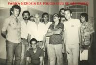 Equipe de Investigadores da Delegacia Seccional de Polícia de São Sebastião em janeiro de 1.979. O segundo da esquerda para a direita Alberto Teixeira e ao lado o Chefe dos Investigadores Pardo.