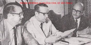 Solenidade de posse da primeira diretoria da ADEPOL- Associação dos Delegados de Polícia do Brasil, em 1 de novembro de 1.970. Delegados de Polícia Ary José Bauer, ao centro, Rui Dourado, à direita e o Delegado de MG Lúcio Gentil a esquerda. https://www.facebook.com/MemoriaDaPoliciaCivilDoEstadoDeSaoPaulo/photos/a.359815487474362.1073741848.282332015222710/1286648921457676/?type=3&theater