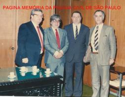 Diretores ícones da Polícia Civil, no final da década de 80. À partir da esquerda Cyro Vidal Soares, Haroldo Ferreira, Jorge Miguel e Cláudio Gobetti. (Acervo da Delegada Aparecida Gobetti)