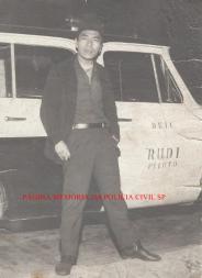 """Investigador de Polícia Massaro Honda """"in memoriam"""", quando trabalhava na RUDI, na década de 60."""