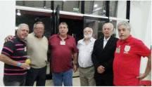 "Carlinhos, Oscar Matsuo, Dr Paulo R Queiroz Motta, Edson Champs ""Moita"", Dr Paulo Luiz Gentil e Arilton Ordones ""Biro Biro""."